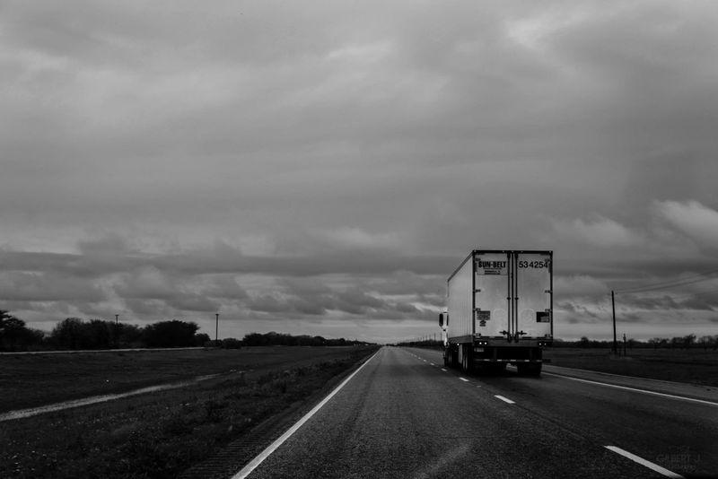 Smart Simplicity Street 18 Wheeler Open Road Texas Texas Road Gilbert J. Photography RePicture Travel