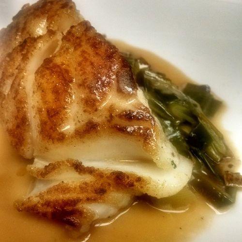 Cod a la plancha, braised baby leeks, brown butter. Chefgaburke Nofilter