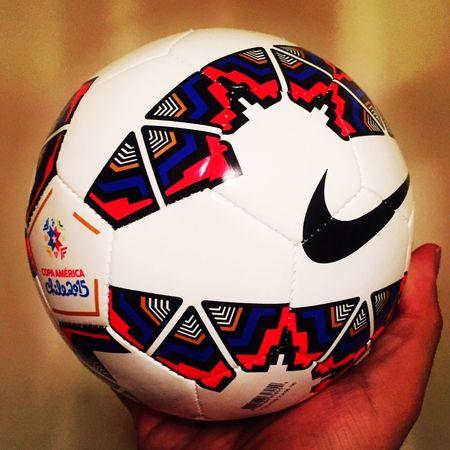 La nueva adquisición. Futbol Balon CopaAmérica Deportes CopaAmérica2015