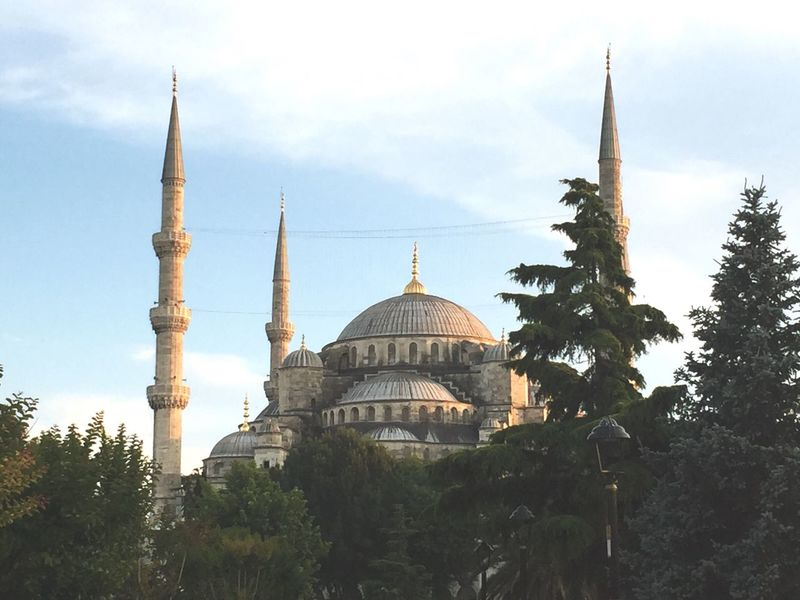 Looking the sunset down and it's mean they gonna break their fasting. Fasting Ramadan  Turkey Blue Mosque