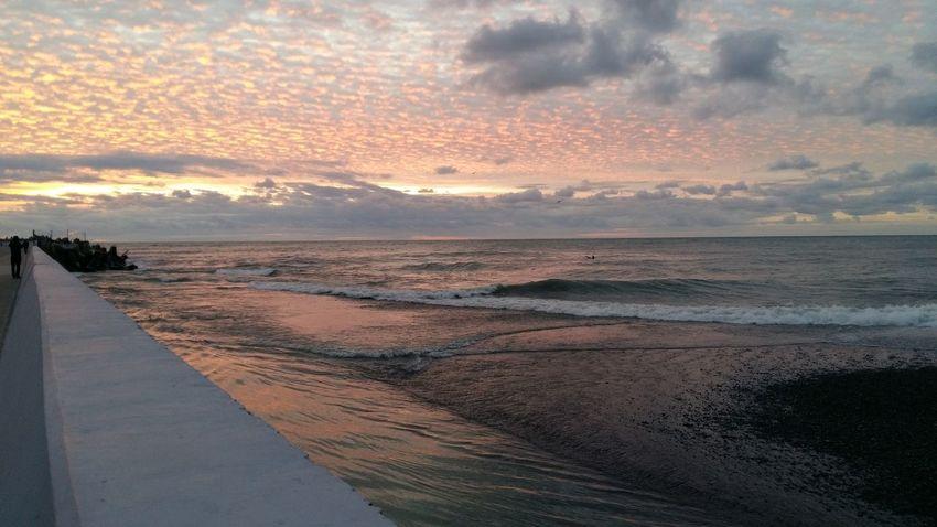 Закат в Сочи. Декабрь Blacksea Sochi Море Sunset Sea Beach Dramatic Sky Water Vacations Landscape Beauty In Nature Travel Nature No People Sky