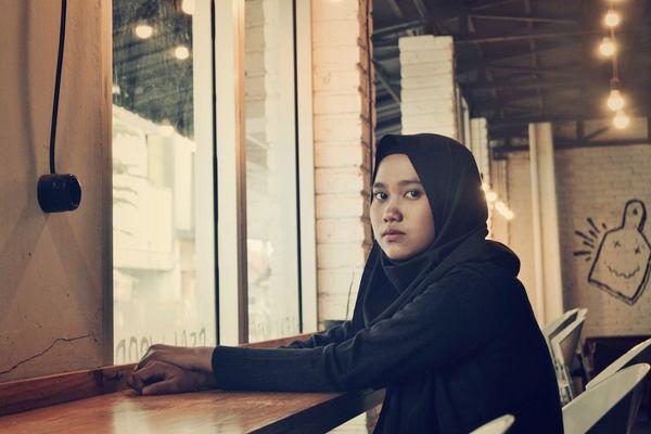 Girl Beauty Nikonphotography Iamindonesia Nikonphotographer Nikon Hijabbeauty Hijabstyle  Hijab Brown Vintage