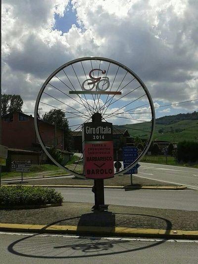 Giro D'Italia Barolo Cuneo Italia