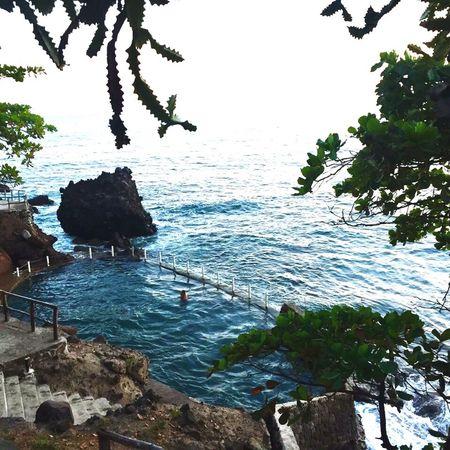 Pool filled. High Tide ElSalvador  Vacation Seawater