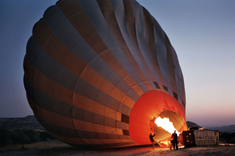 35mm Film Adventure Clear Sky Day Film Photography Filmisnotdead Hot Air Balloon Leisure Activity Lifestyles Men Nature One Person Outdoors People Real People Sky Standing