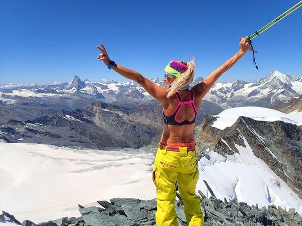 Allalinhorn Wu_switzerland Switzerlandpictures Switzerlandwonderland Swissalps Mountaineering Ilovemountains Fromwhereistand Hello World Purewhite 💪💪🌞🌞life Is Better In The MountainS🌞🌞💚💚