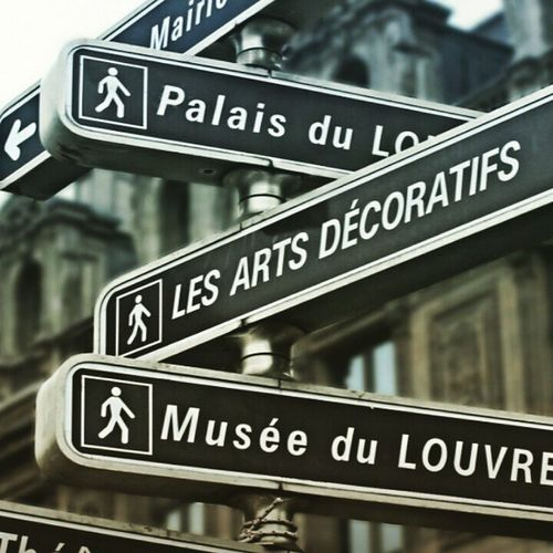 Guess the place! Travel Places Travelling Traveller Name Streetnames Boards Guess Wallpaper Muséedulouvre Louvrepyramid Louvremuseum Hint Awesome Insstagram Instalike