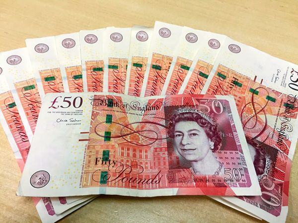 Sterling Pound Pounds Europe Money Loads Bank Travel Paper Banknotes Cash Euro