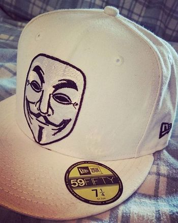 Neweracap NewEra Newerabasic 59fifty Anonymous Guyfawkes  Vforvendetta  Custom Iron on patch for custom build... Looks like tge start of something here. Chupachups patch coming down and will be added soon. Chose the white basic over the grey.