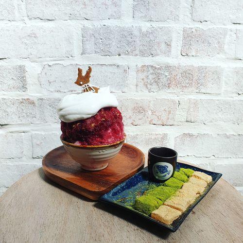 Dessert date
