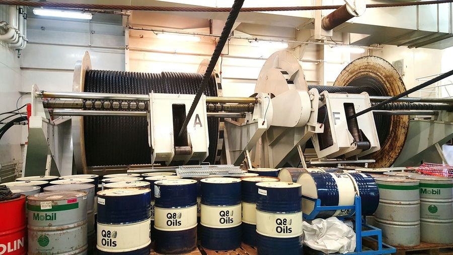 Taking Photos Boat Wereldhavendagen Industrial Oil Barrels Inside Things Cables Industriel