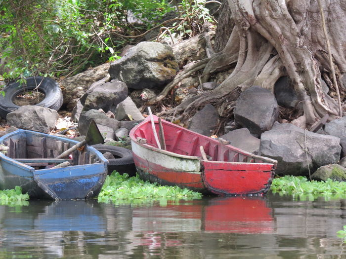 Boat Lake Lake Nicaragua Mode Of Transport Moored Nautical Vessel Nicaragua Transportation Travel The World Water Waterfront
