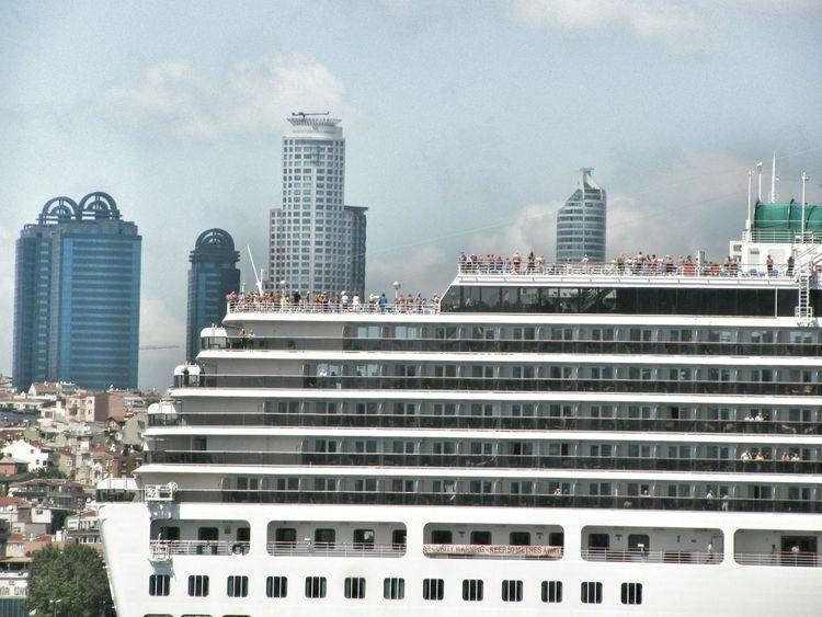 Cruising Cruise Cruise Ship Cruiseship Cruiseships Istanbul Istanbul Turkey Istanbulove Istanbul - Bosphorus Istanbullovers People Watching People