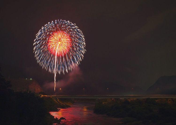 Fujifilm XF16mmF1.4 Xpro1 Japan River Firework Night Event