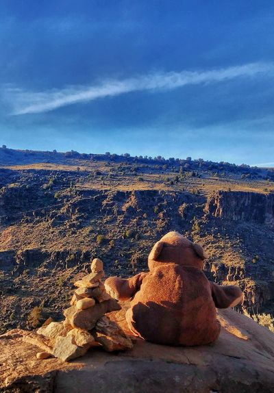 On our hike to Manby Springs, Mr Bear stopped for a bit to mediate by a sculpture of rocks overlooking the Rio Grande Gorge.
