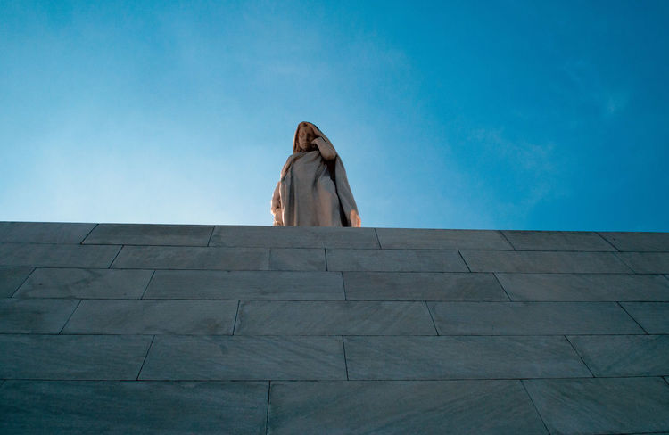 Canadian Vimy Ridge Memorial Architecture Day Low Angle View One Person Outdoors People Sculpture Sky Women Ww1 Memorial