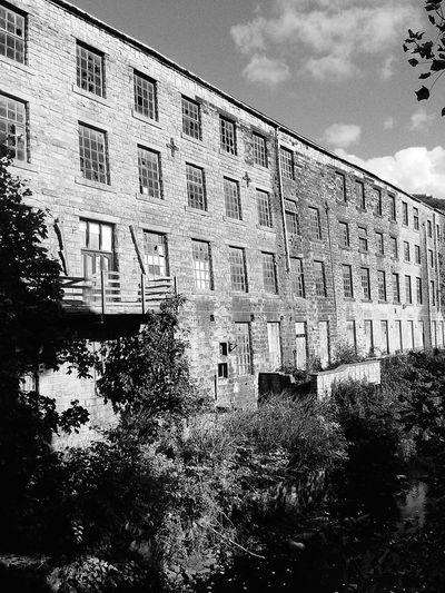 Blackandwhitephotography Walkley Clogs Clogs Factory Abandoned Buildings Haunted Places Windows Walking Around Nostalgia Stonework Mill