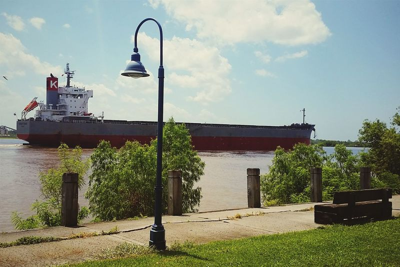 Missisippi River Neworleans Louisiana Boats⛵️ mizzzipppi river