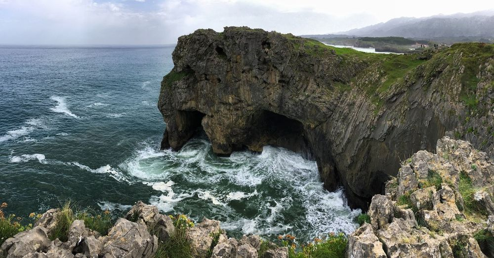 Nature Naturaleza Power In Nature Rock Formation Beauty In Nature Sea Water Photooftheday Nature Photography Asturias Paraiso Natural🌿🌼🌊🌞 Asturias Llanes SPAIN España 🎈👻