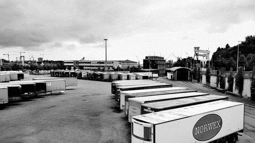 Black And White HDW Kiel