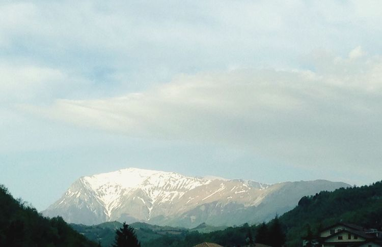 Monte Vettore Montagne Monti Sibillini Mountains Marche Region Light On The Mountains Snow Neve