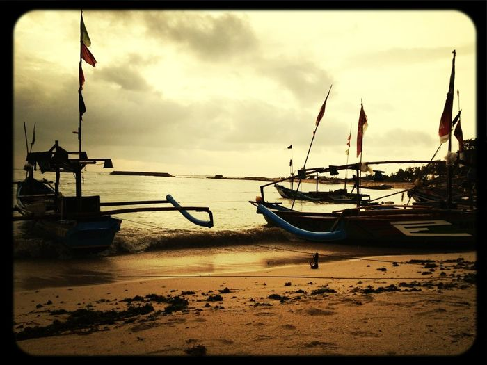 First pict here, sunset! Let's go there again.. Haha