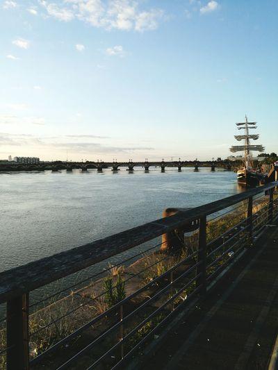 Bordeaux Garonne Pont De Pierre