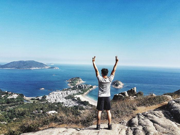 Treediary Arms Raised Holiday HongKong Tourism Samsung Galaxy S7