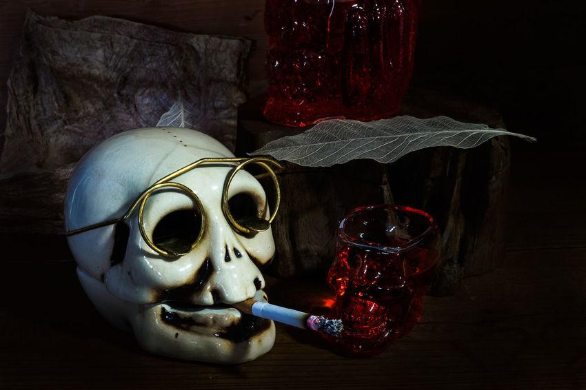 Dark Glasses Bottle Cigarette  Close-up Day Human Skeleton Human Skull Indoors  People Strawberry Juice Table Vintge