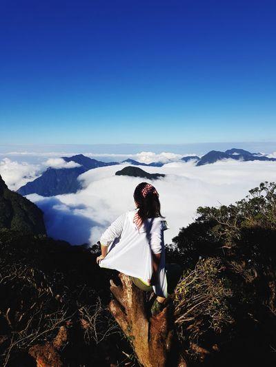 Mountain Adventure Young Women Full Length Women Extreme Sports Golfer Sky Landscape Mountain Range Mountain Climbing Rock Climbing Hiker Climbing Free Climbing Safety Harness A New Perspective On Life