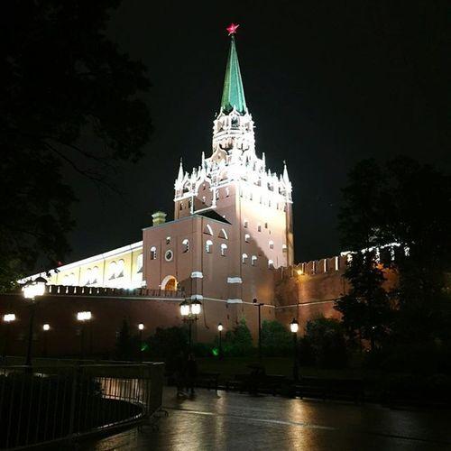 Nightphotography Manezhnaya Square The Kremlin First Eyeem Photo Okhotny Ryad Moscow Night Photography
