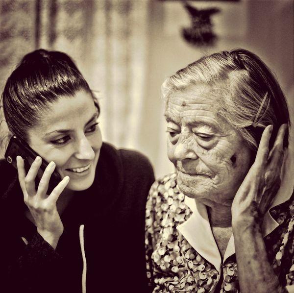 Grandma Abuela Granddaughter Abuelita Y Nieta!