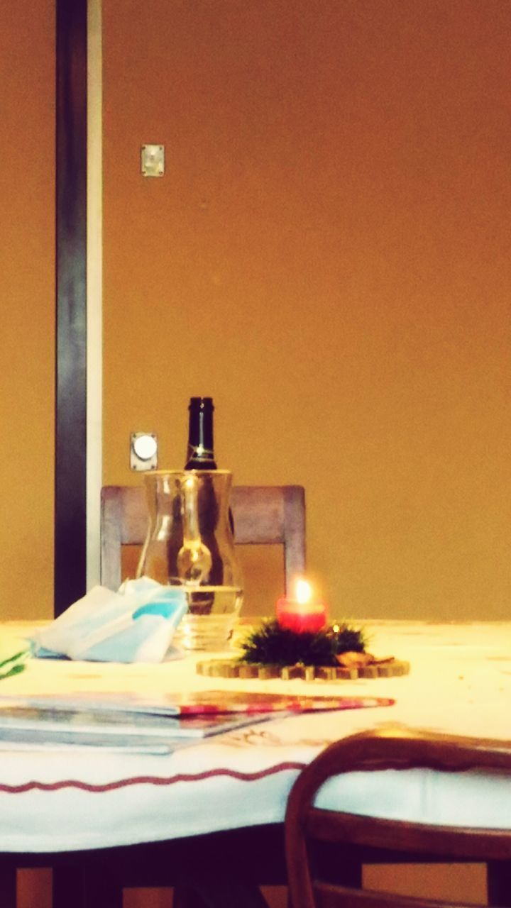 table, plate, bottle, indoors, food and drink, no people, restaurant, place setting, tablecloth, food, napkin, close-up, ready-to-eat, freshness, day