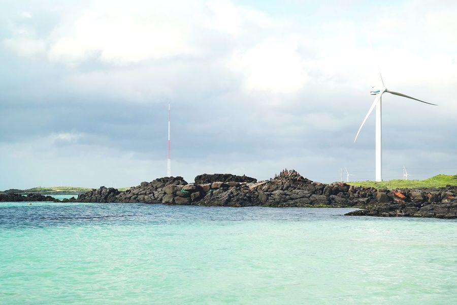 Wind Power Renewable Energy Sea Beach Landscape No People Cloud And Sky Nature Photography Trip Traveling Cloud - Sky Travel Photography Backgrounds Summer Favorite Places Sea And Sky Seascape Sea View Blue Travel Hsun Jeju Island, Korea 월정리 제주도 여행