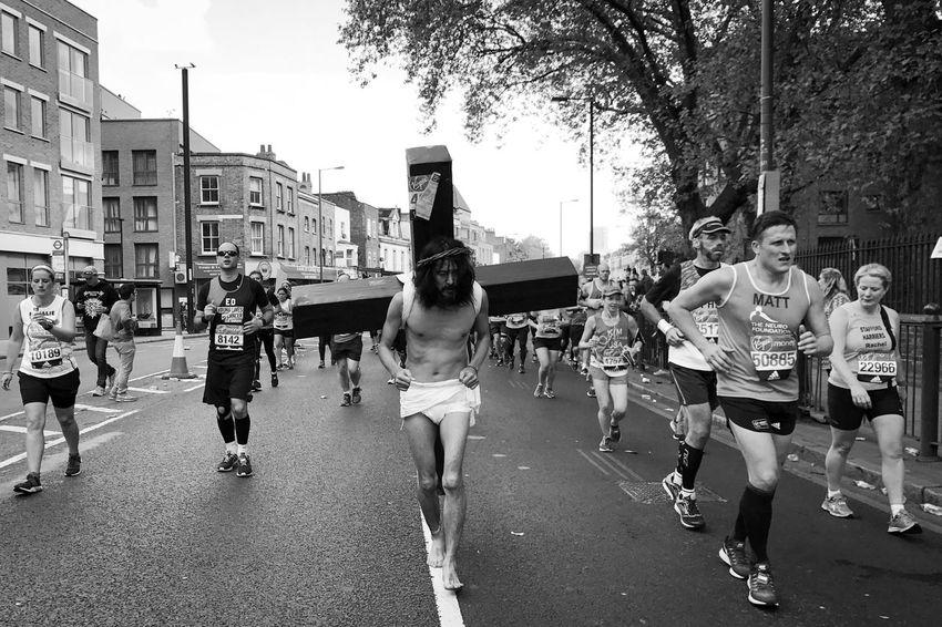 London Marathon 2017 Large Group Of People Runners London Black And White London Marathon London Marathon 2017 The Street Photographer The Street Photographer - 2017 EyeEm Awards
