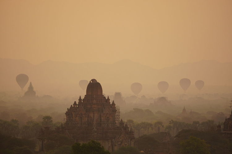 Sunrise Bagan Myanmar Hot Air Balloon Historical Site Arqueology ( No Filter No Edit )