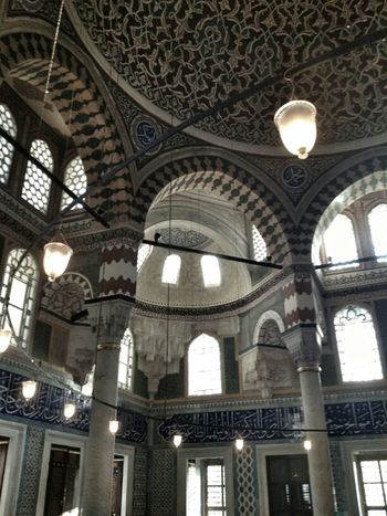 Hanging Out Architecture EyeEm Light Istanbul Turkey Awesome Architecture Gang_family Eye4photography