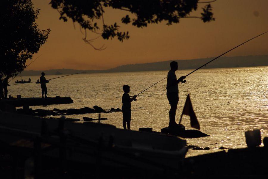 Popular Photos Silhouette Degirmendere Balıkçılar