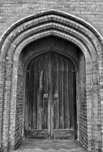 Bnw_friday_eyeemchallenge Door Doors From The Past Brick Wall Brick Building Blackandwhite Getting Inspired Eye4photography  From My Point Of View Check This Out Kiwi ClickerHello World