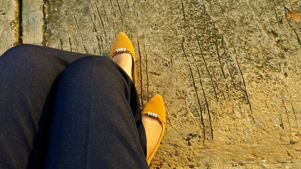 Sometimes i need somebody for complete my story❤ Womanofstyle Shoeselfie Alonetime Waiting Myprince ❤️ ComeClose Sunsets Sundown Sunny Day EyeEm Best Shots Naturelover