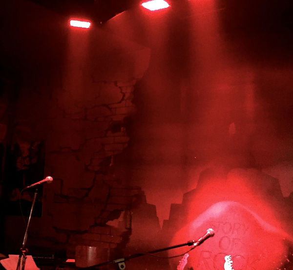 Concert Concert Photography Illuminated Indoors  Intimacy Jazz Club Jazz Music Jazzing Microphone Stand Music Music Brings Us Together No People Partytime Red Red Light Red Lighting Smoke - Physical Structure Background For Quotes MusicIndustry Communication Presentation Background