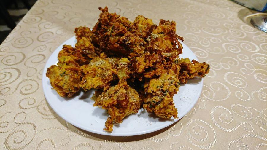 Pakoda Pakoda Indian Snacks Plate Table Close-up Food And Drink Indian Food Fried Potato
