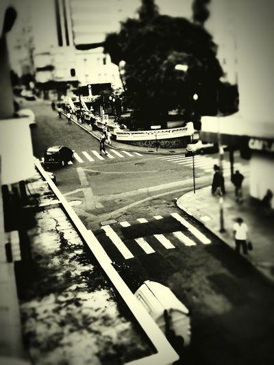 Esquinas...elo entre as ruas, entre as vidas, indas e vindas