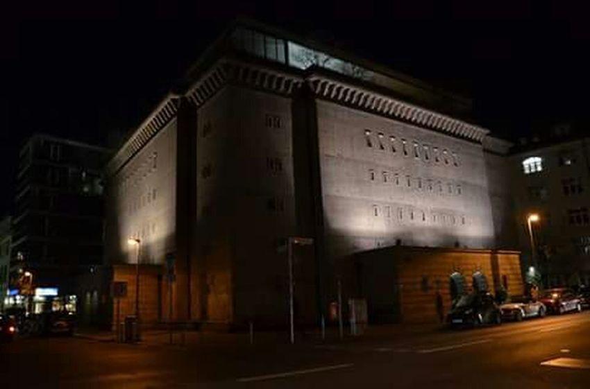 Visit Berlin Willkommen In Deutschland! Deutschland 030 Berlin Germany Architektur Architecture Architecturephotography Nacht