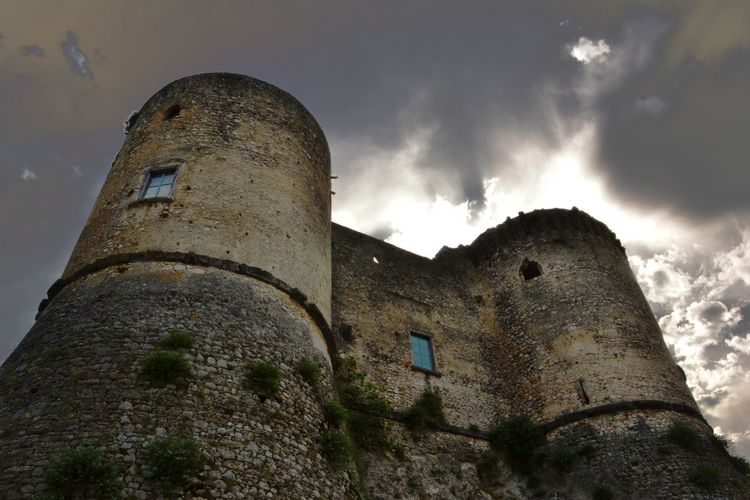 Architecture Built Structure History Sky The Past Building Exterior Low Angle View Nature Day Old Ruin Fort Cloud - Sky Building No People Outdoors Abandoned Weathered Tower Damaged Old