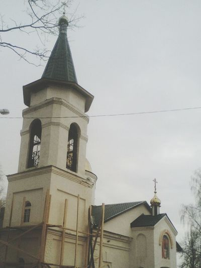 Architecture Religion Built Structure Building Exterior Place Of Worship First Eyeem Photo Architecture Travel Destinations Place Of Worship Flower облака NOthIng Clock Face Beautiful No People Spirituality Nature небо облака Photoshop Cross History Day Sun Spring природабелоруси