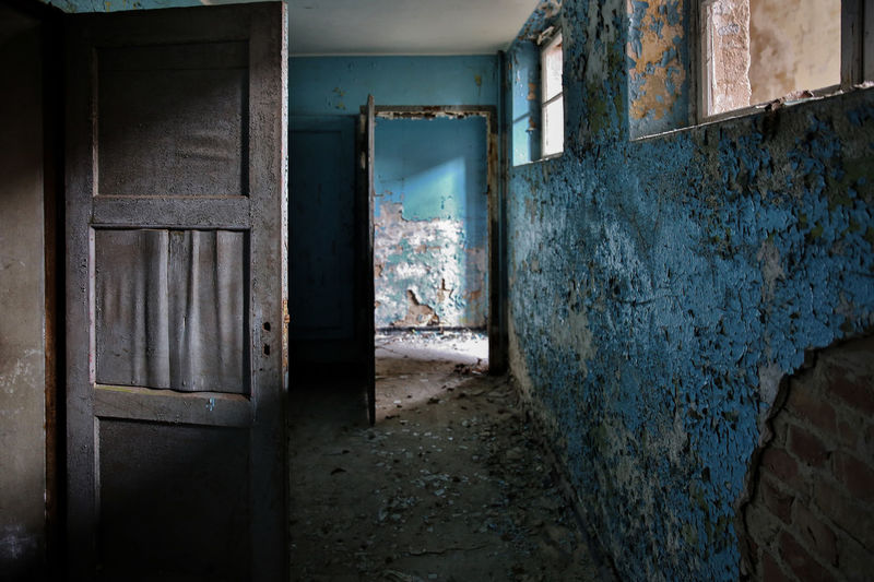 Hospital Ruins Trzoska Abandoned Architecture Bad Condition Built Structure Damaged Day Destruction Dirty Door Doorway Empty Hospital House Indoors  Lostplaces No People Old Old Buildings Old Ruin Rotting Weathered Window