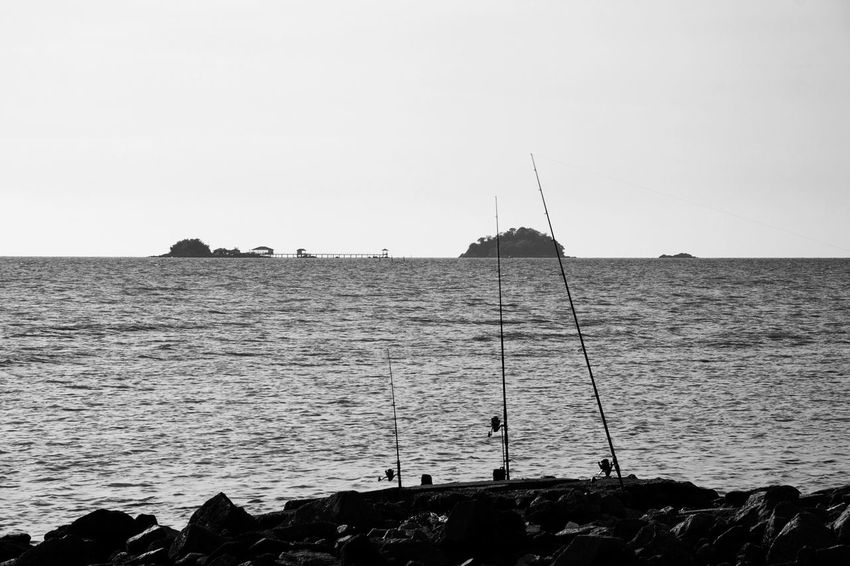 Sea Shore Silhouette Scenics Water Rippled Fishing Black And White Objects And Nature Fishing Time Fishing Rod Rock - Object Calm Nature