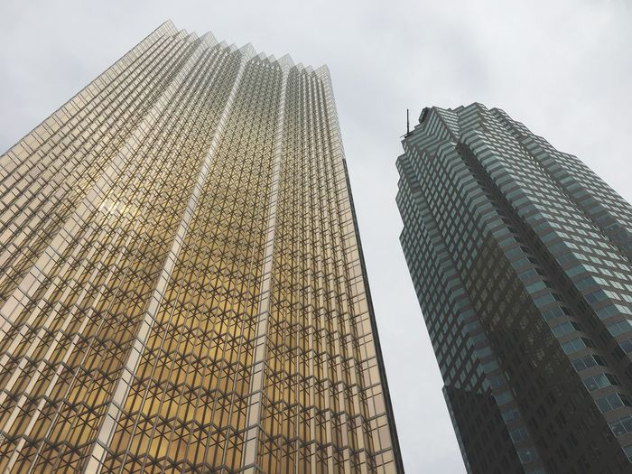 EyeEm Selects Architecture Low Angle View Built Structure Skyscraper Building Exterior Modern Tower City Travel Destinations No People Corporate Business Sky Tall High Angle View EyeEm EyeEm Gallery Canada Toronto Eyeem Market Editorial  Photooftheday EyeEm Best Shots Magazine Market