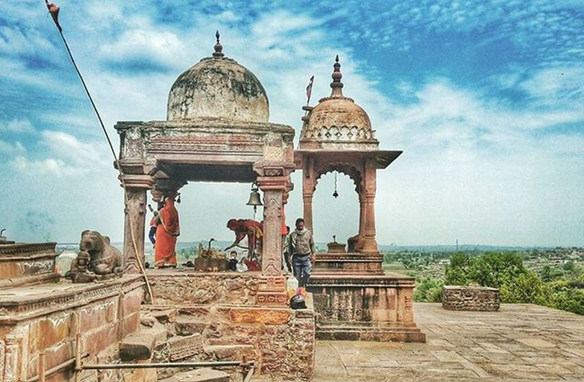 History Temple Sky Azure Clouds Worship Pic Instagram India Incredibleindia Soi Pray Monk